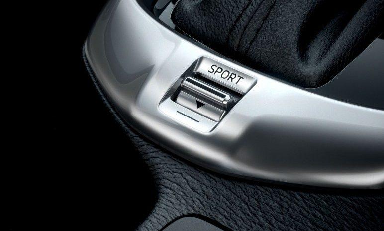 Mazda 2 full