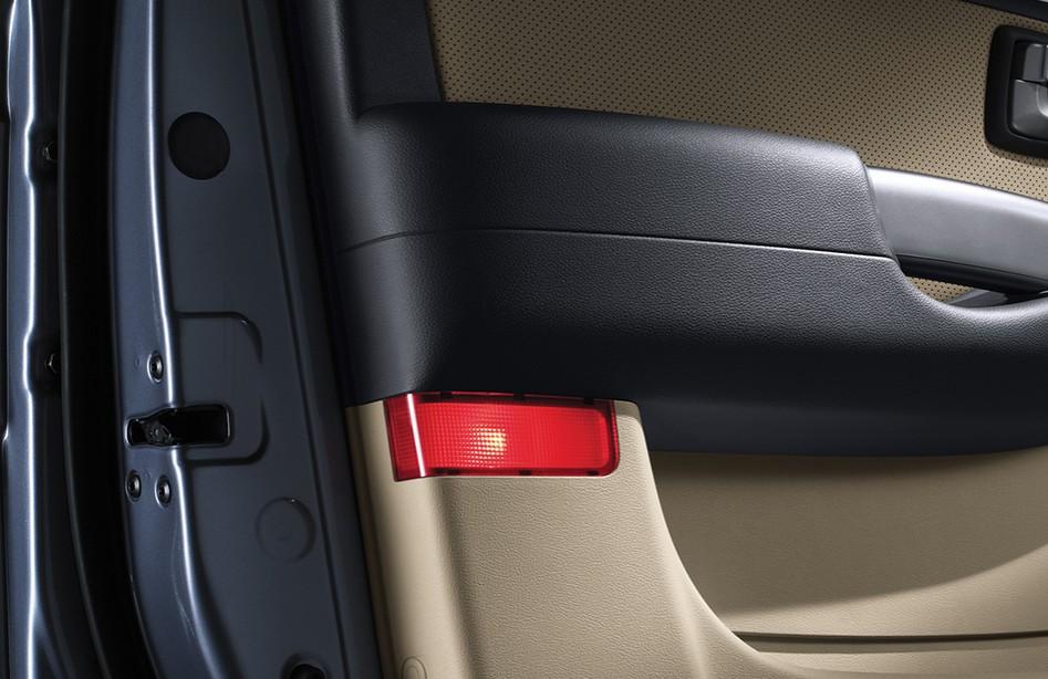 Hyundai New Grand Starex CRDI GLS 12-seater 2.5L MT Full Size Van ...