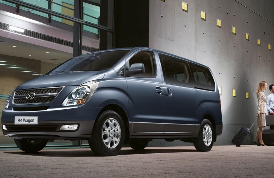 Hyundai Grand Starex Crdi Vgt Gls Gold At Full Size Van