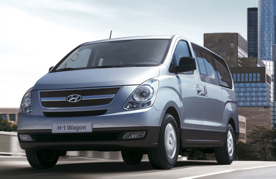 Hyundai Grand Starex CRDI VGT GLS Gold AT Full Size Van ...
